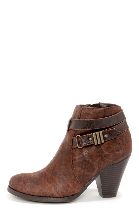 Madden Girl Sulleyy Cognac Belted High Heel Ankle Boots at Lulus.com!