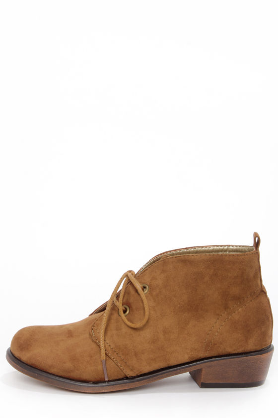 Dirty Laundry Pitch Tan Suede Lace-Up Ankle Boots at Lulus.com!