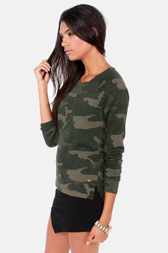 O'Neill Blakely Camo Print Sweatshirt at Lulus.com!