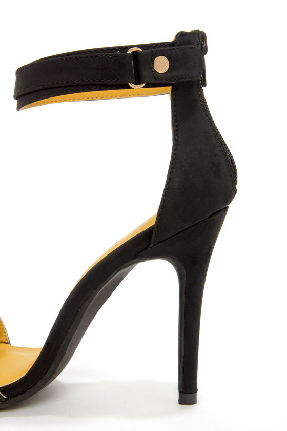 Shoe Republic LA Hidee Black and Gold Ankle Strap Dress Sandals at Lulus.com!