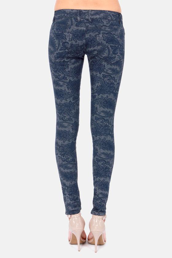 Black Swan Jagger Blue Jacquard Skinny Jeans at Lulus.com!