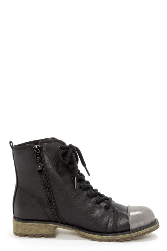 Dirty Laundry Royal Flush Black and Gunmetal Lace-Up Boots at Lulus.com!