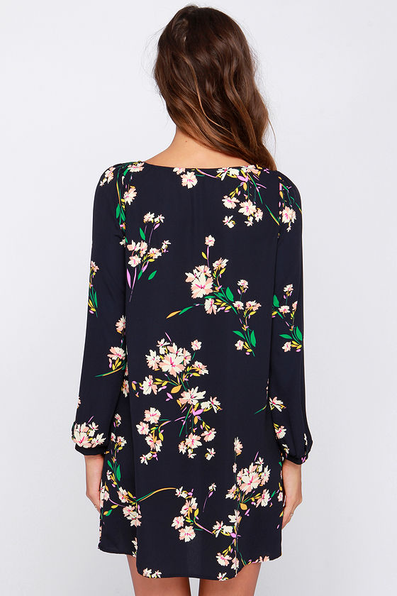 Herbaceous Babe Navy Floral Print Shift Dress at Lulus.com!