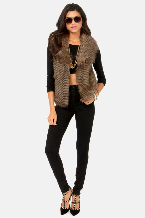 BB Dakota by Jack Davorah Taupe Faux Fur Vest at Lulus.com!