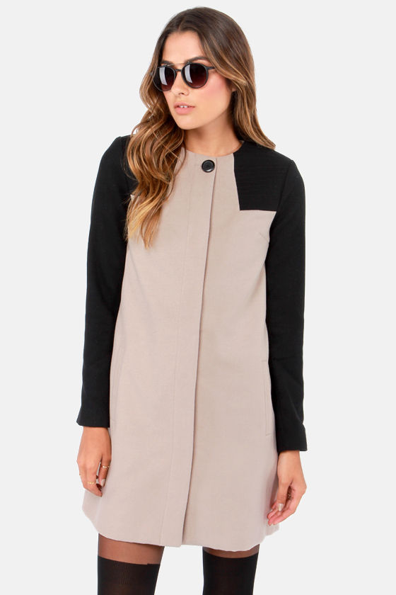 BB Dakota Hana Black and Taupe Coat at Lulus.com!