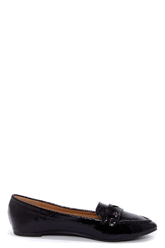 Bamboo Catchy 04 Black Crinkle Patent Pointed Loafers at Lulus.com!