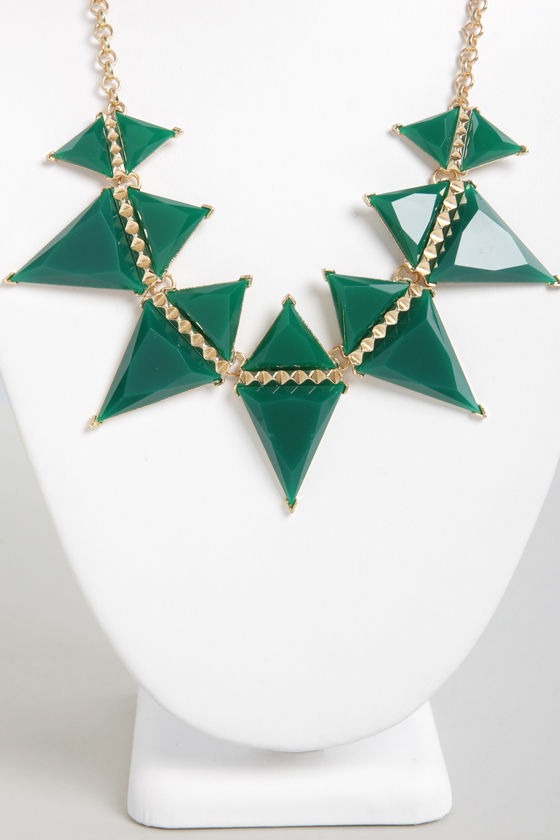Point of No Return Green Triangle Necklace at Lulus.com!