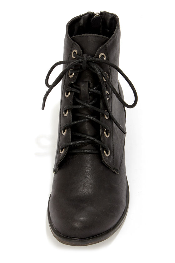 Georgia 43 Black Lace-Up Ankle Boots at Lulus.com!