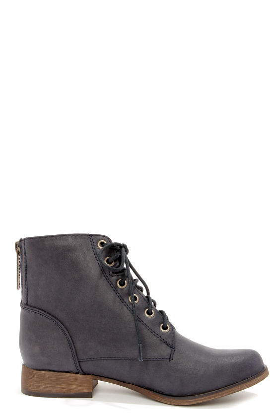 Georgia 43 Navy Blue Lace-Up Ankle Boots at Lulus.com!