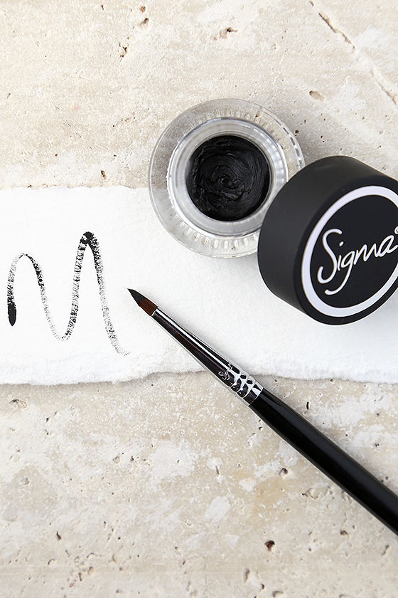 Sigma Standout Eyes Wicked Black Gel Liner 1