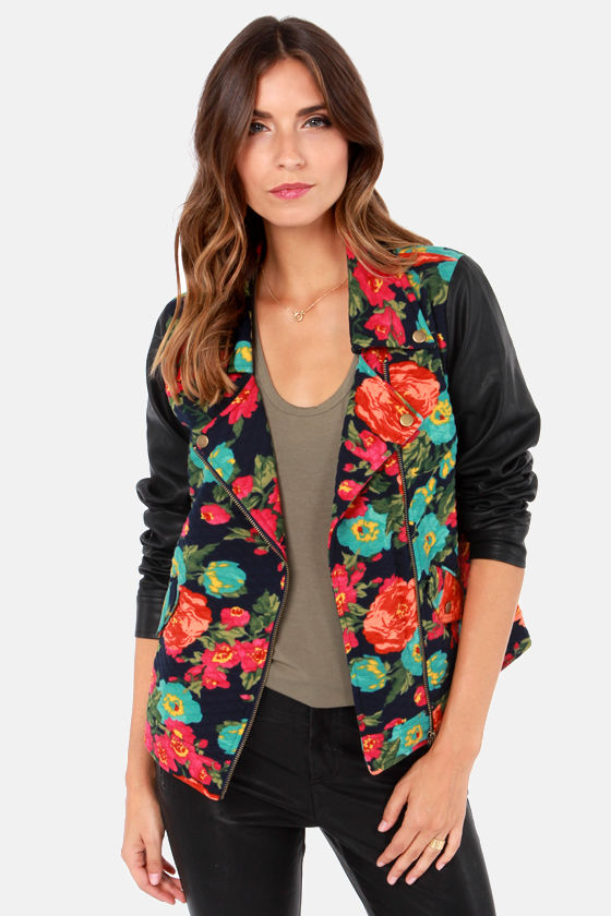 Rita Flora Quilted Floral Print Jacket at Lulus.com!