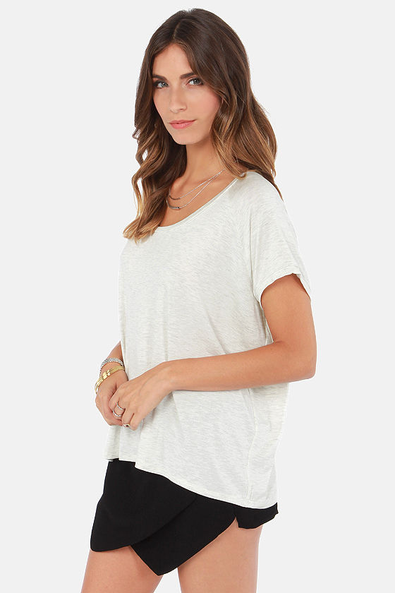 Tee to My Heart Light Grey Top at Lulus.com!