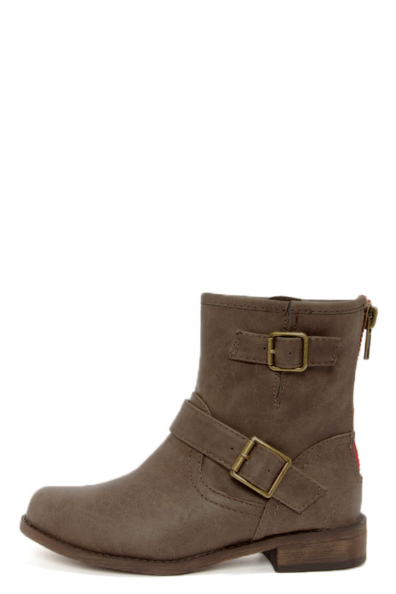 Fresno 11 Taupe Buckled Mid-Calf Boots at Lulus.com!