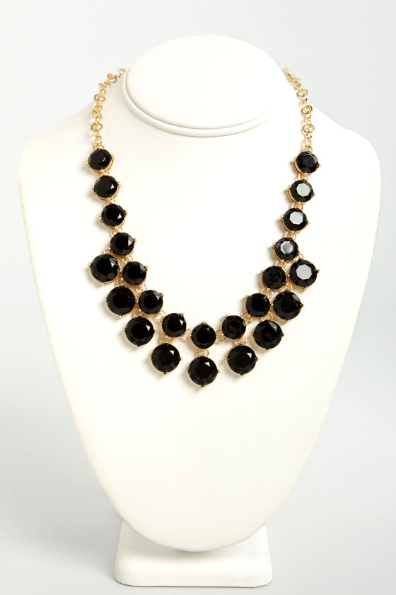 Loan Me a Stone Black Statement Necklace at Lulus.com!