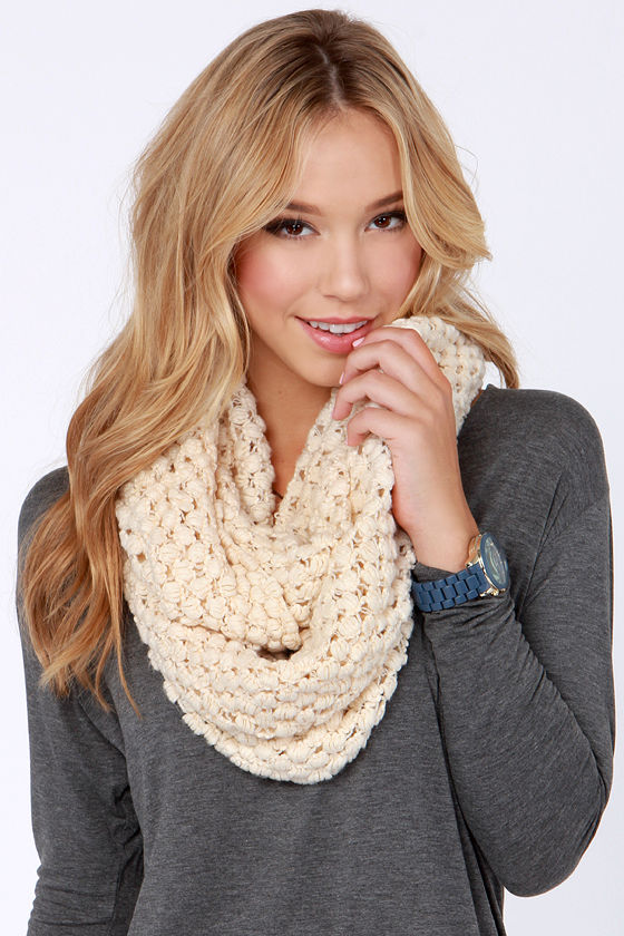 Neither Sphere Nor There Ivory Infinity Scarf at Lulus.com!