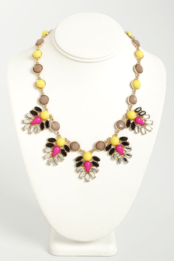 Ladies of the Court Magenta and Yellow Necklace at Lulus.com!