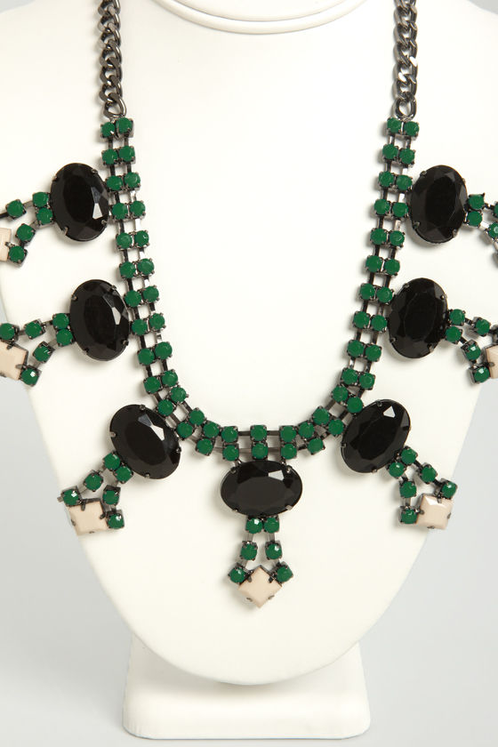 Envy of All Green Statement Necklace at Lulus.com!
