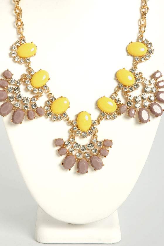 Rock-sy Lady Yellow Statement Necklace at Lulus.com!