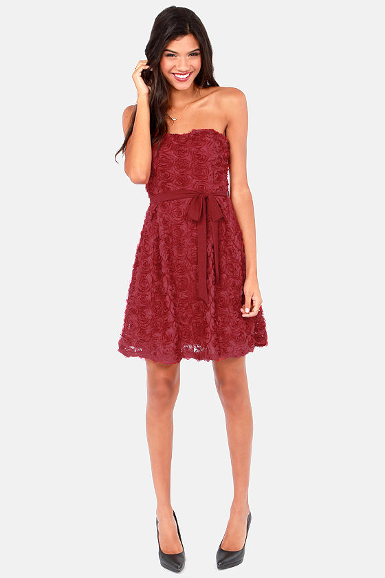 The Empress's New Rose Strapless Wine Red Dress at Lulus.com!
