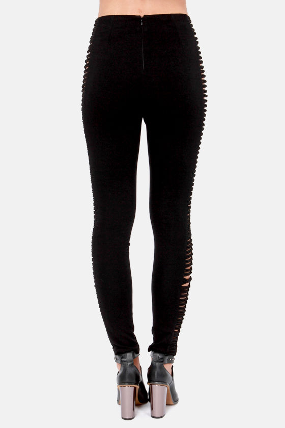 Rad Attitude Cutout Black Leggings at Lulus.com!