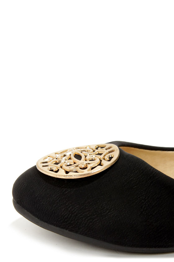 Viola 02 Black Medallion Ballet Flats at Lulus.com!
