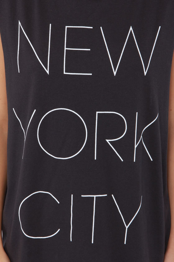 The Big Apple Washed Black Muscle Tee at Lulus.com!