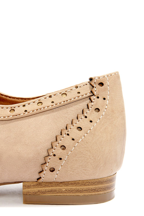 Good Choice East Village Tan Lace-Up Oxford Flats at Lulus.com!