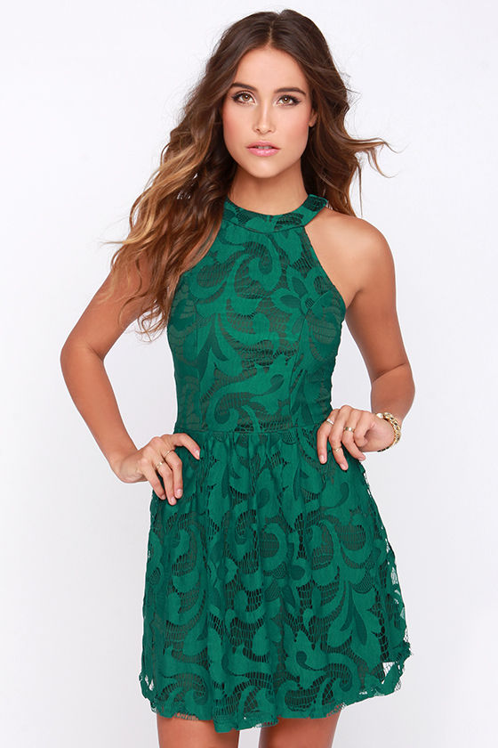 What Color Shoes To Wear With Kelly Green Dress