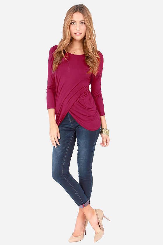Tulips Don't Lie Long Sleeve Wine Red Top at Lulus.com!