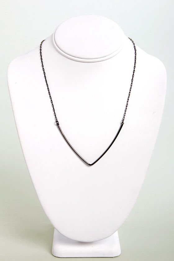 Don't That V All Pewter Necklace at Lulus.com!