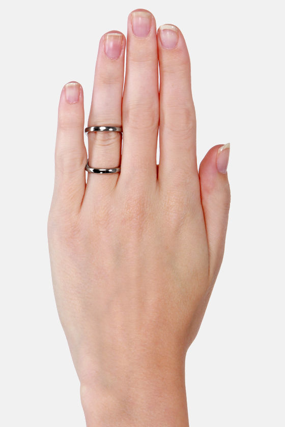 Swerve Appeal Silver Ring at Lulus.com!