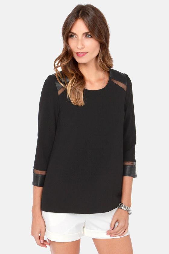 Through and Through Cutout Black Top at Lulus.com!