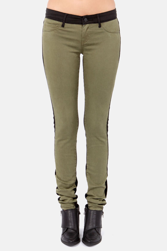 Billabong Peddler Black and Olive Green Skinny Pants at Lulus.com!