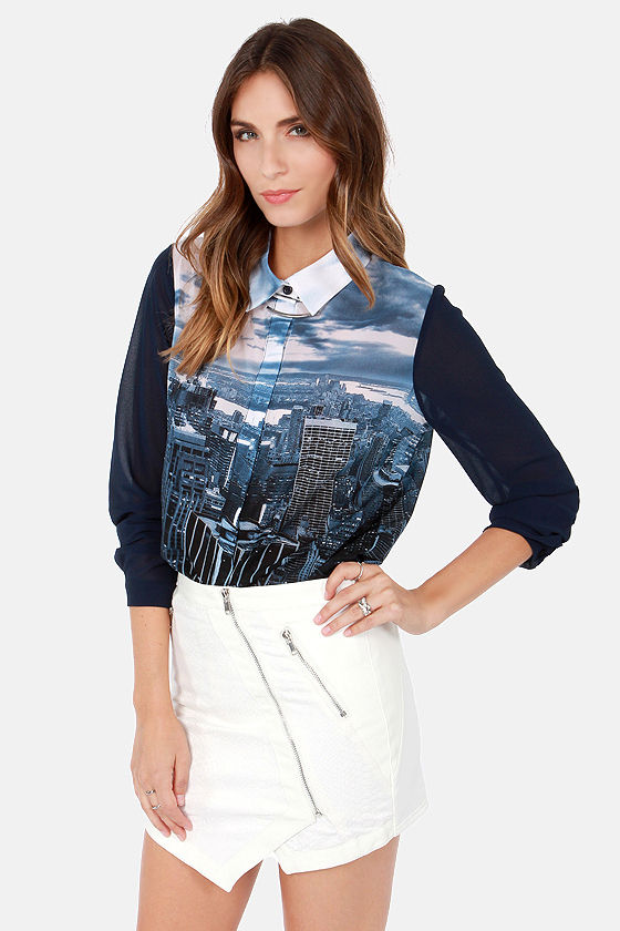 A Fine Skyline Navy Blue City Print Top at Lulus.com!