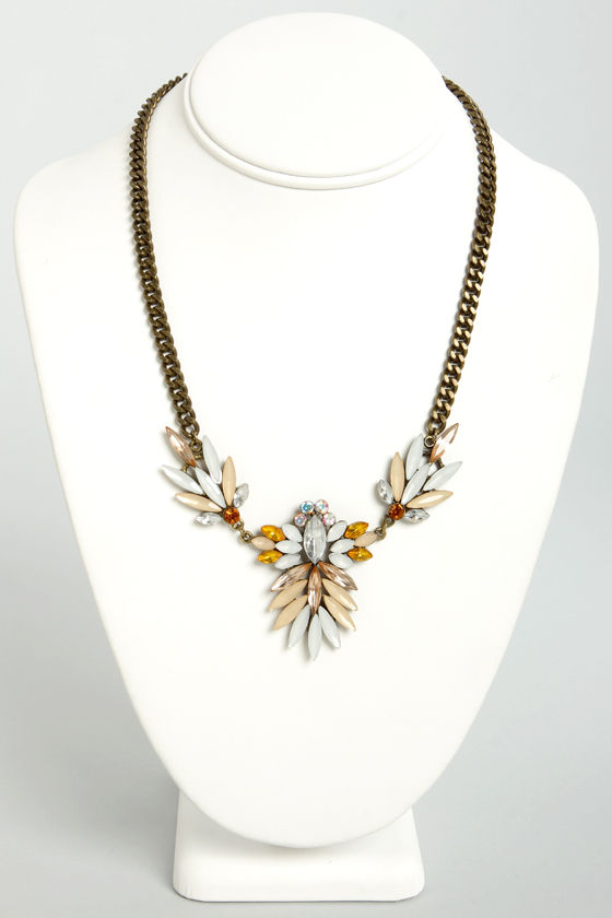 Antique Boutique Peach Rhinestone Necklace at Lulus.com!