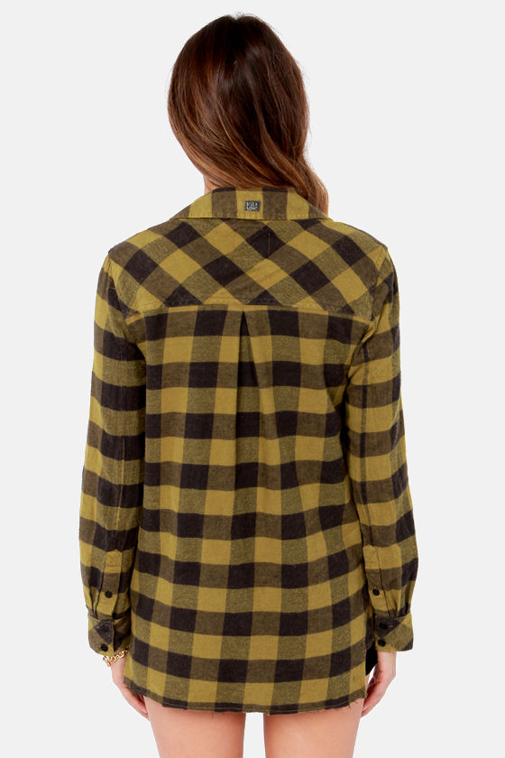 Billabong Need for Luv Black and Olive Green Plaid Button-Up Top at Lulus.com!
