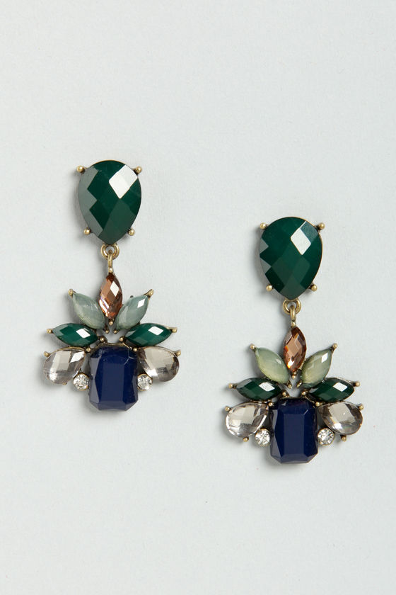 Fancy Facets Green Dangle Earrings at Lulus.com!