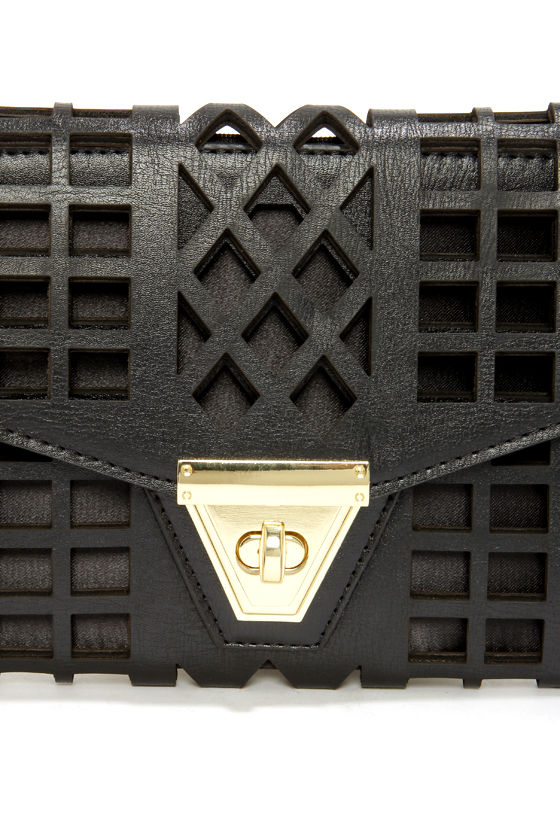 Geo du Jour Cutout Black Clutch at Lulus.com!