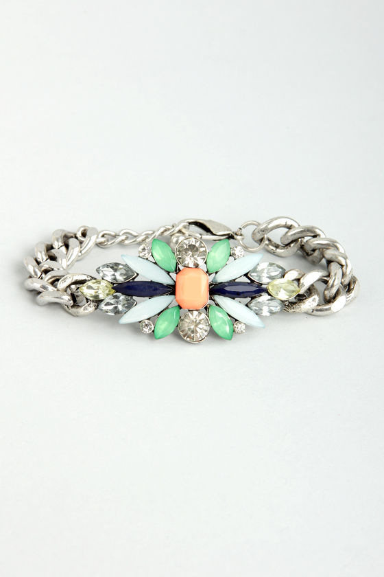 This Little Light of Shine Silver Chain and Rhinestone Bracelet at Lulus.com!