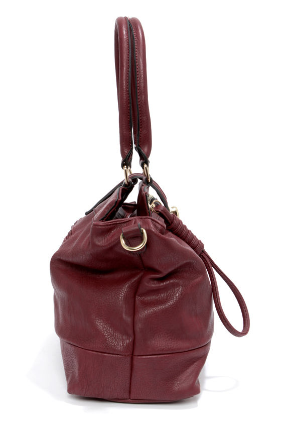 Luxe Interior Burgundy Tote at Lulus.com!
