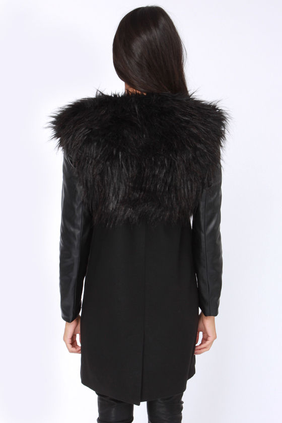 BB Dakota Cruz Convertible Black Faux Fur Coat at Lulus.com!