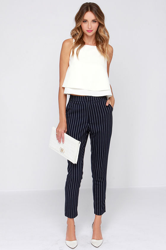 Looks - How to high wear waisted striped shorts video