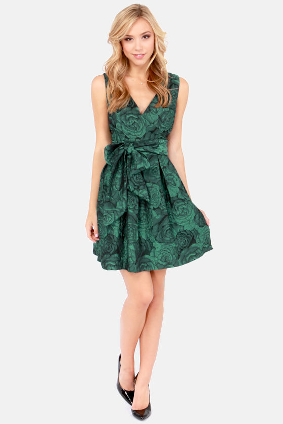 Darling Connie Green Floral Print Brocade Dress at Lulus.com!