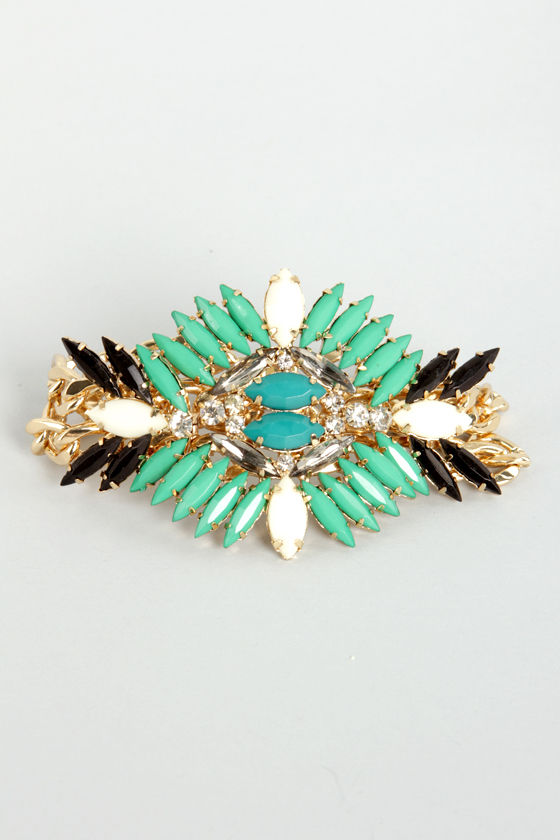 Passion Flower Green Rhinestone Bracelet at Lulus.com!