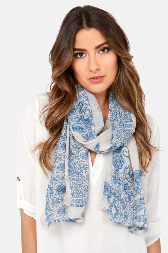 China Doll Blue and Cream Print Scarf at Lulus.com!