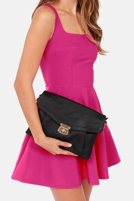 Let's Envelope Black Clutch by Urban Expressions at Lulus.com!