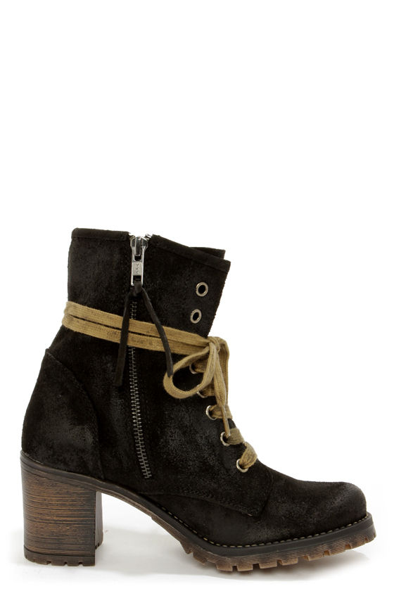 MTNG 90231 Callie Wax Black Suede High Heel Boots at Lulus.com!
