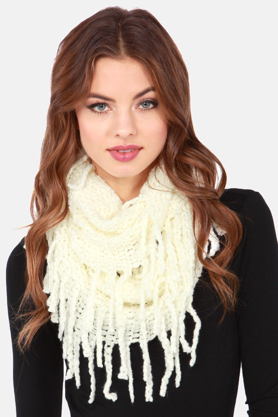 One-Knit Wonder Ivory Infinity Scarf at Lulus.com!