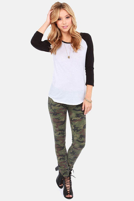 Hurley Solid Perfect Raglan Black and White Top at Lulus.com!