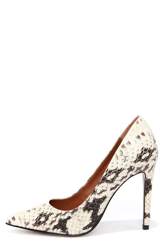 929058ba23a3 Cute Natural Snakeskin Pumps - Pointed Pumps -Snakeskin Heel